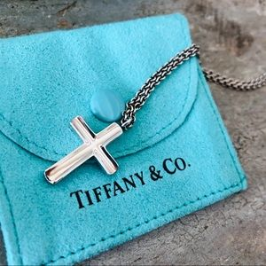 ♥️ Tiffany & Co. ♥️ Cross Necklace